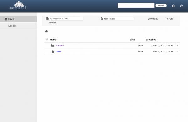 Interfata de Web de la Owncloud. Clientul de desktop arata foarte asemanator cu cel de Dropbox sau Google Drive